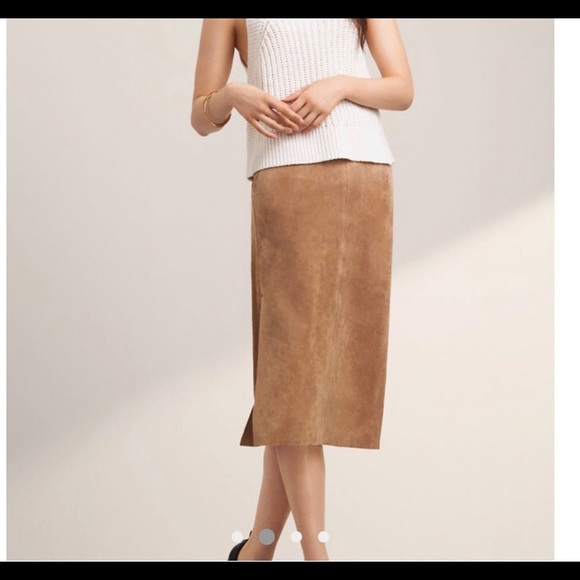 Aritzia Dresses & Skirts - New Aritzia cremazie skirt camel new with tags